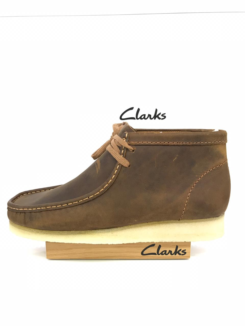 c4bc274756c Clarks Wallabee Boot (Beeswax) – Rennies Shoe Store