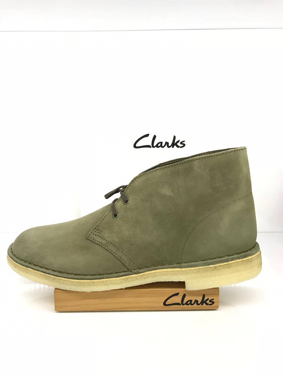 6556f15bb18839 Clarks Desert Boot (Olive) – Rennies Shoe Store
